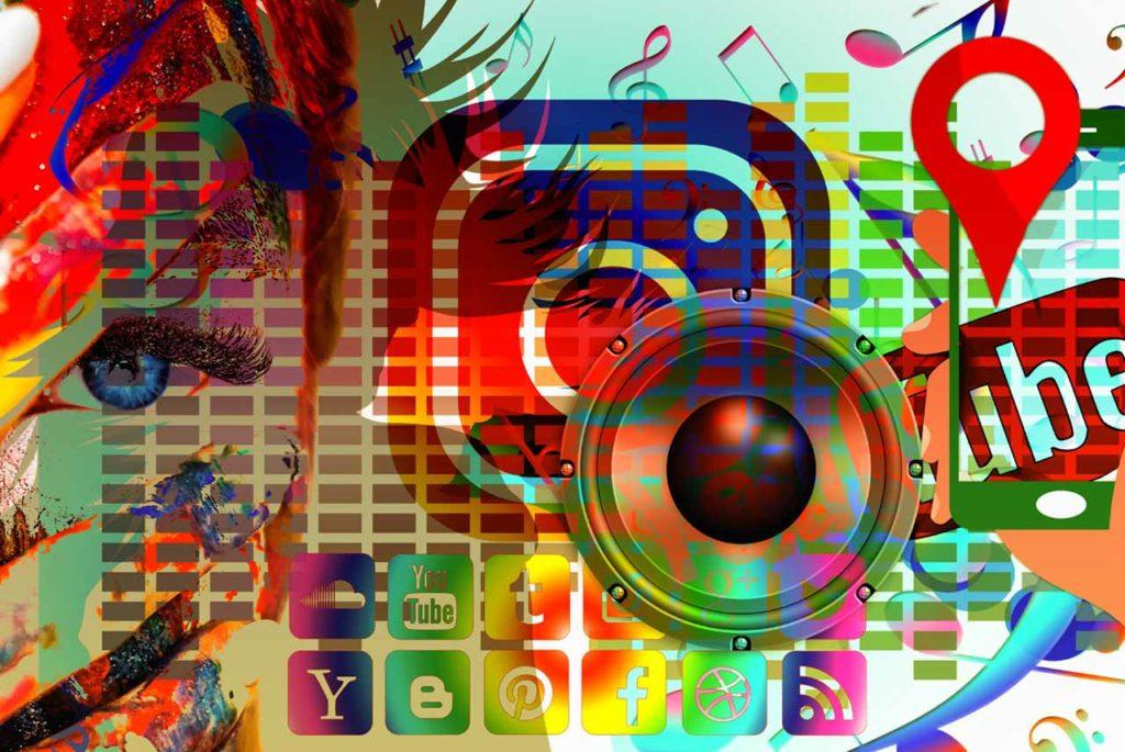 social-media-3758364-ss